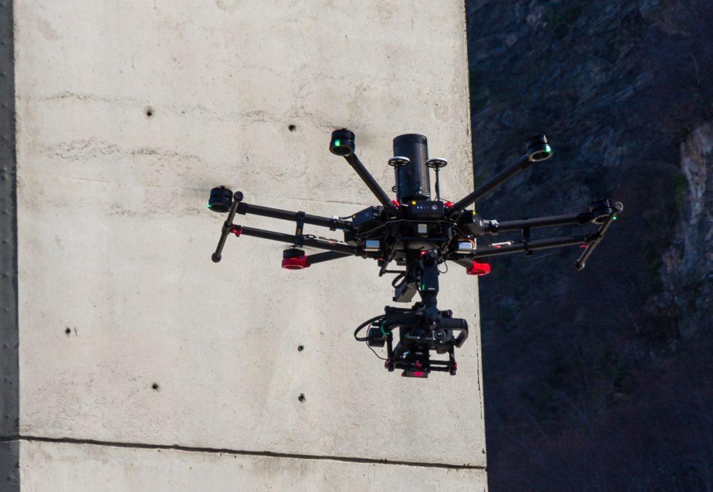 M600 inspection d'ouvrage par drone - Inspection de viaduc par drone - Inspection de pont par drone en ultra HD