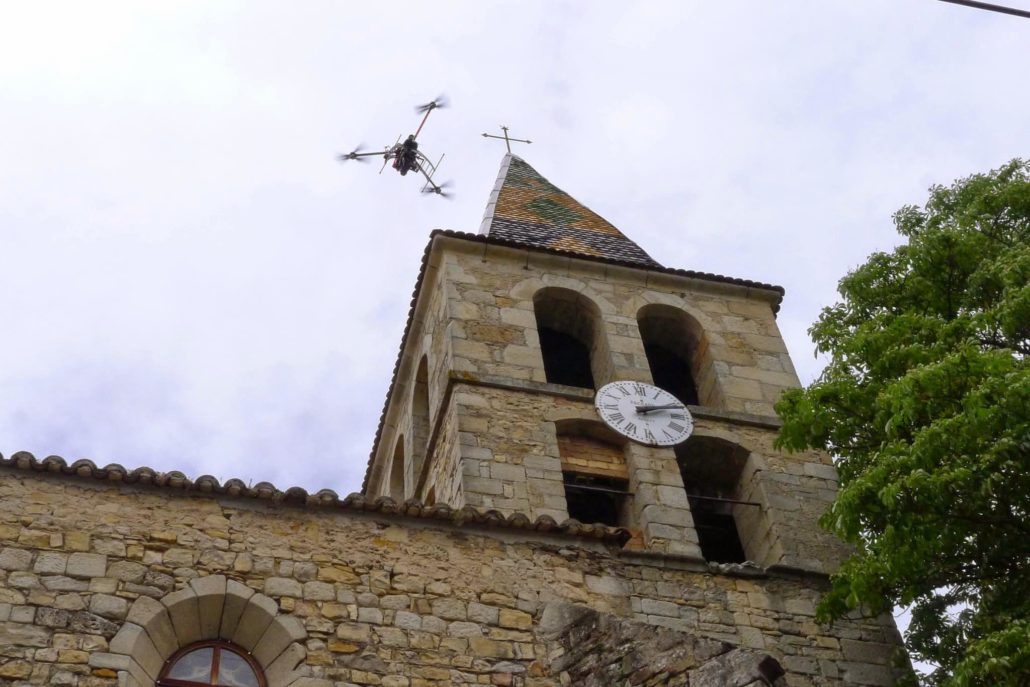 drone professionnel pour l'inspection de toitures