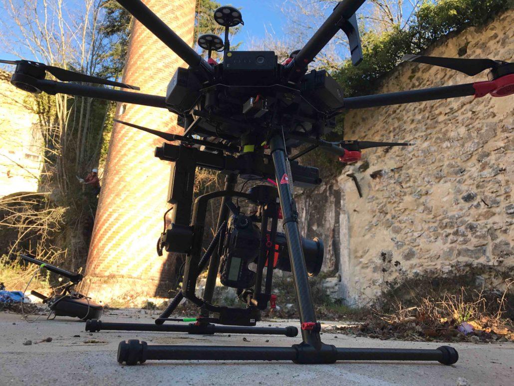 Drone Ardèche inspection d'ouvrages d'art - Expert en inspection de bâtiments - Inspection de cheminée industrielle par drone