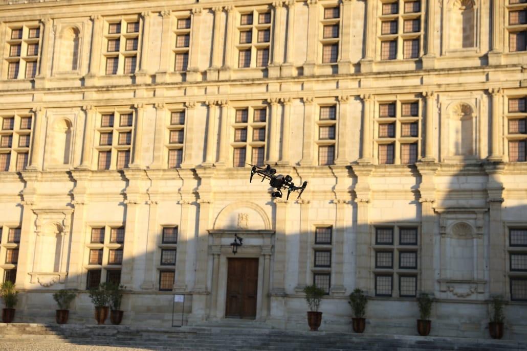 opérateur drone droniste Chateau de Grignan drome 26