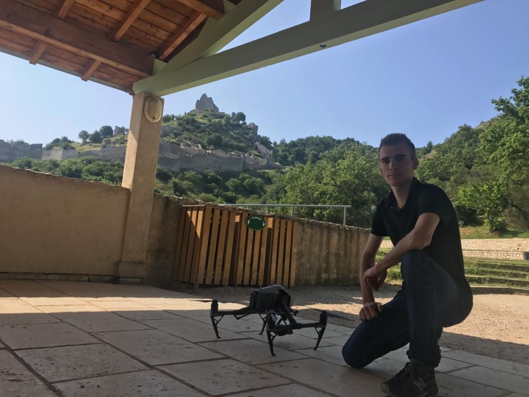 Chateau de Crussol par drone - vidéo aérienne Crussol - Photo aérienne Saint Perray - Prise de vue par drone Ardèche