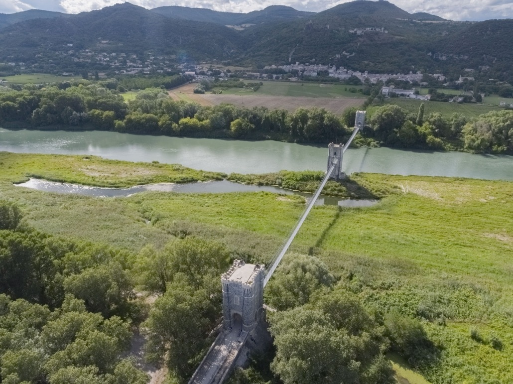 Video Par Drone Photo Aerienne Drone Ardeche Passerelle De Rochemaure Photo Par Drone En Ardeche