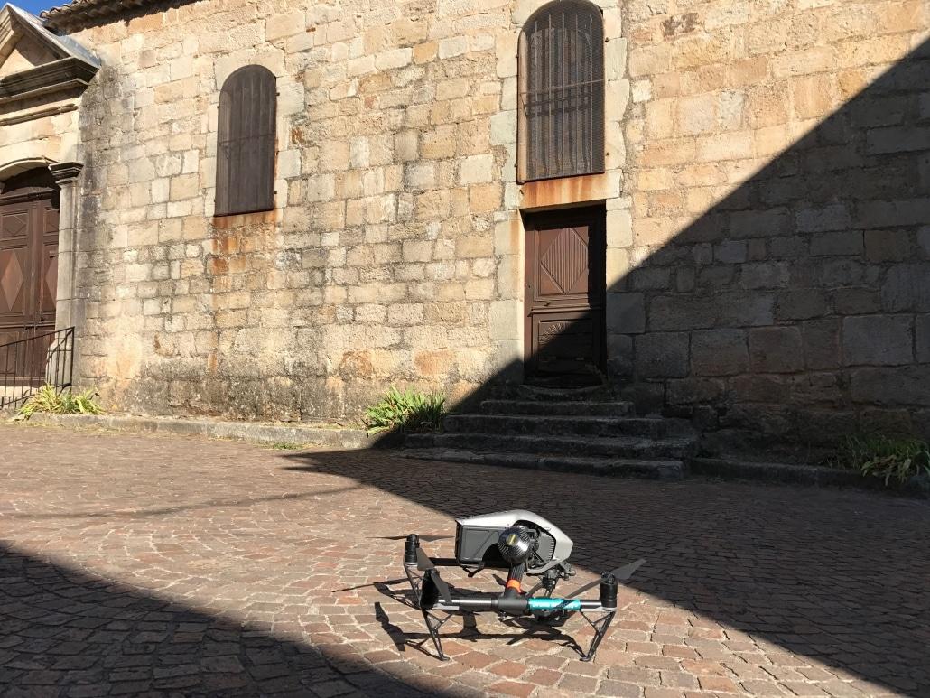 Inspection de toiture église par drone