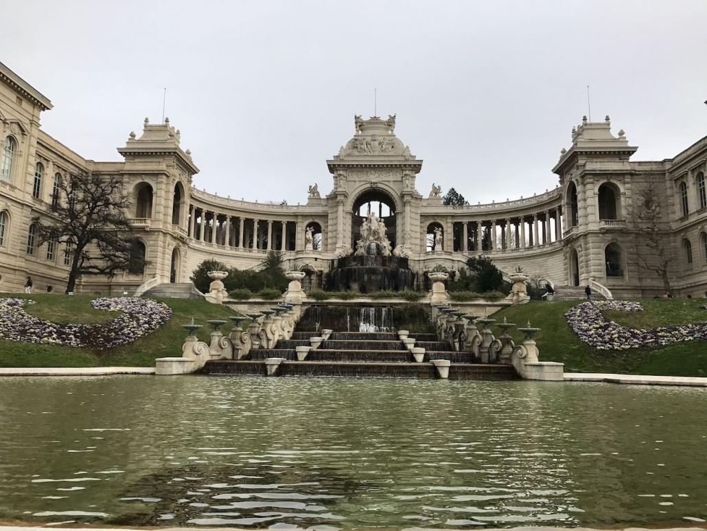 Palais Lonchamp En Photo En Hauteur Par Drone à Marseille Provence