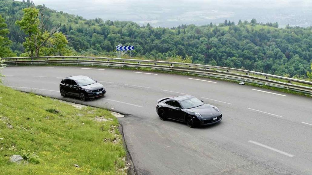Course Poursuite De Voitures Filmée Par Drone à Genève Pour La Bande D'annonce D'un Evenement