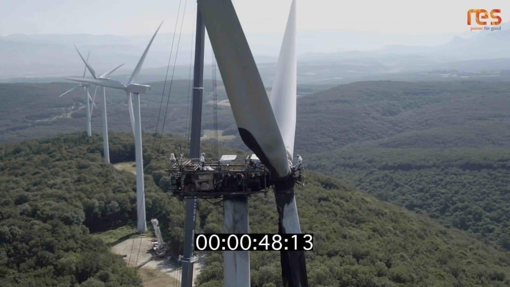 inspection déoliennes par drone en Drome Ardèche 1030x579 - Inspection d'éolienne par drone et réalisation d'une vidéo - RES - Drome