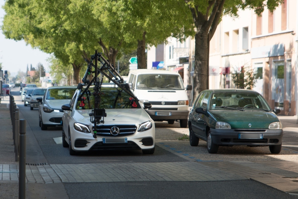 Voiture Travelling Homologuée Sur Route Ouverte | Une camera-car peut elle filmer sur route ?