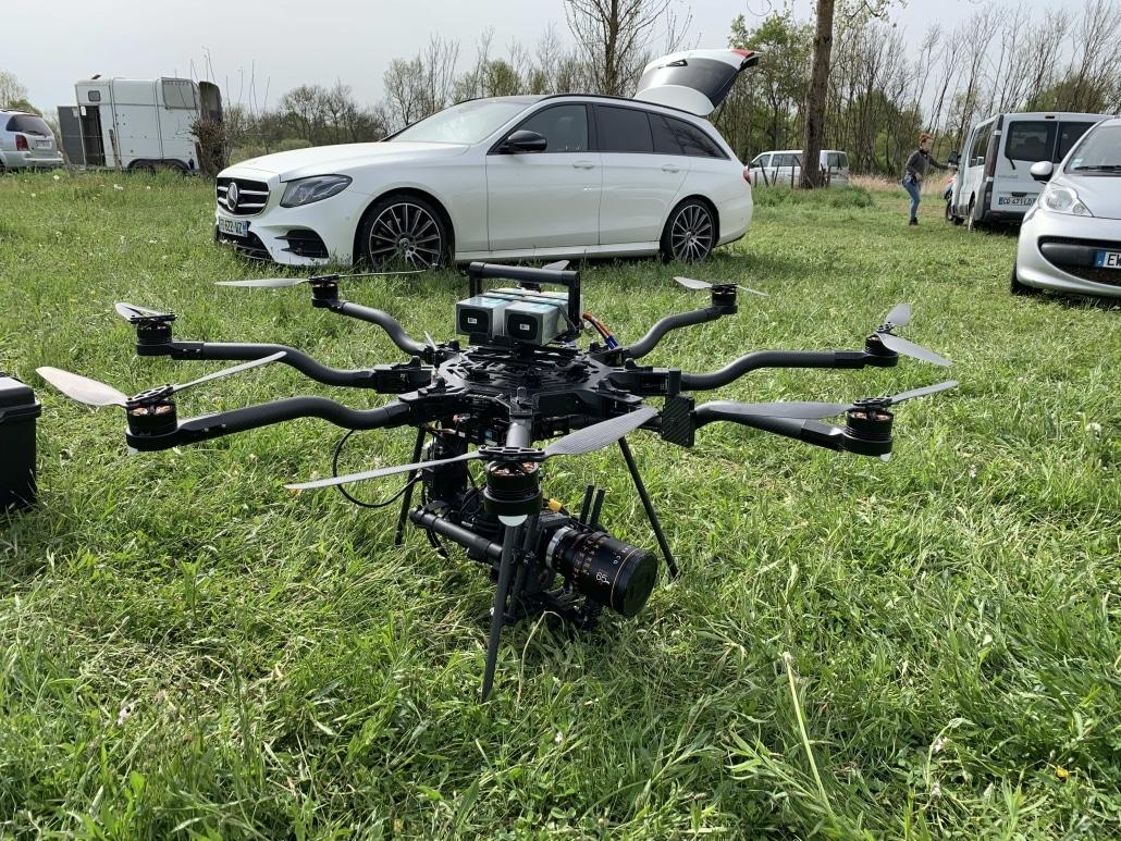 prestataire drone pour fiction série tv publicité en france paris lyon marseille | opérateur drone Freefly Alta 8 Pro