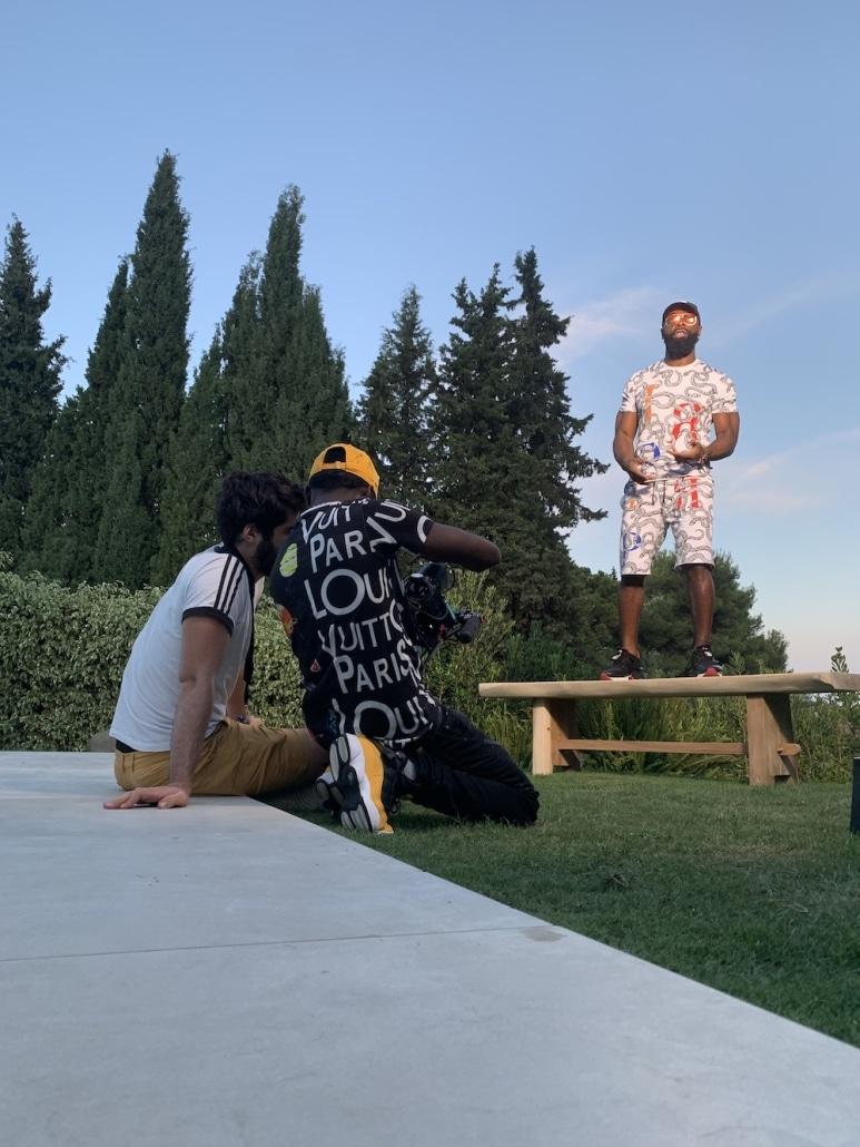 backstage d'un tournage de vidéo clip star du rap kaaris