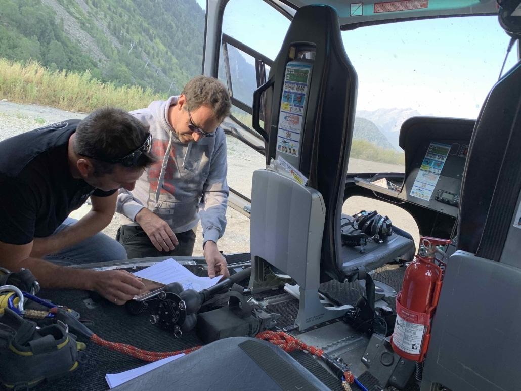preparation et autorisaitons d'une mission de prise de vue aérienne par hélicoptère
