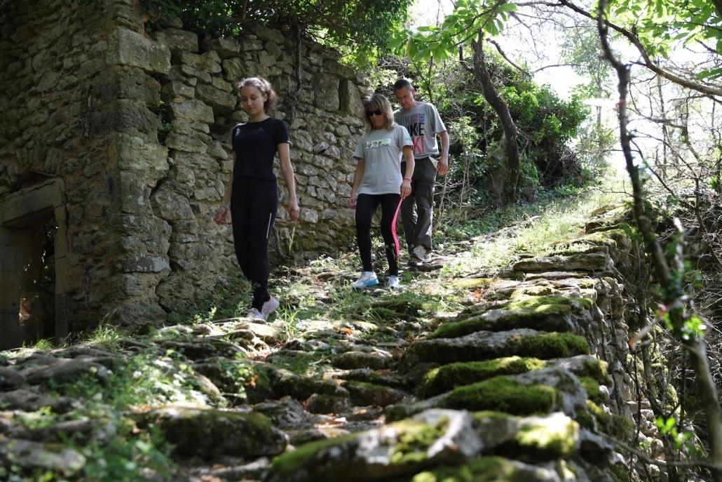 vidéaste tourisme ardèche privas auvergne rhone alpes