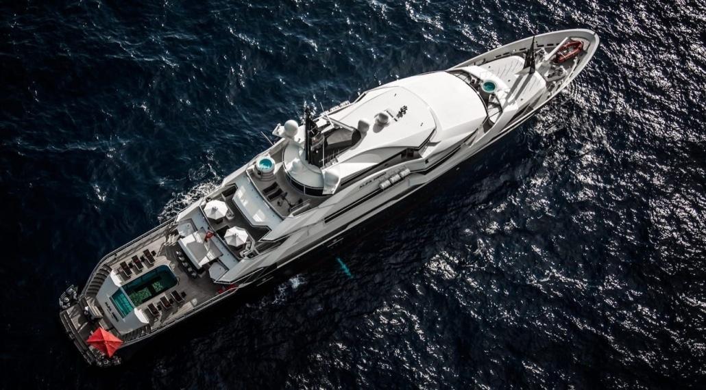 entreprise de prise de vues aériennes luxe yacht Marseille