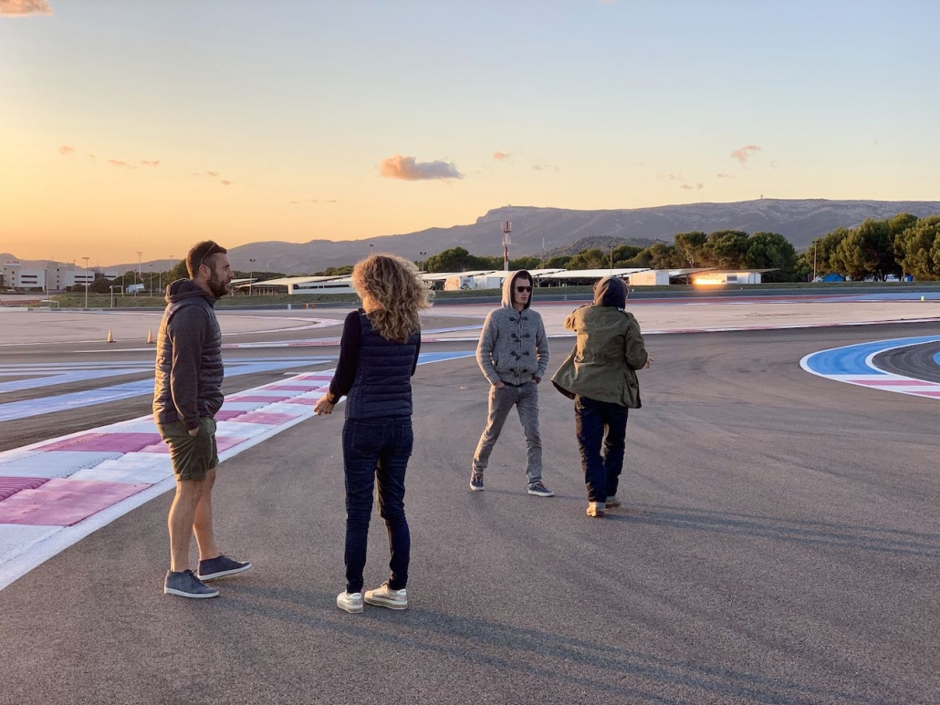 Preparation De Tournage Sur Le Circuit Du Castellet