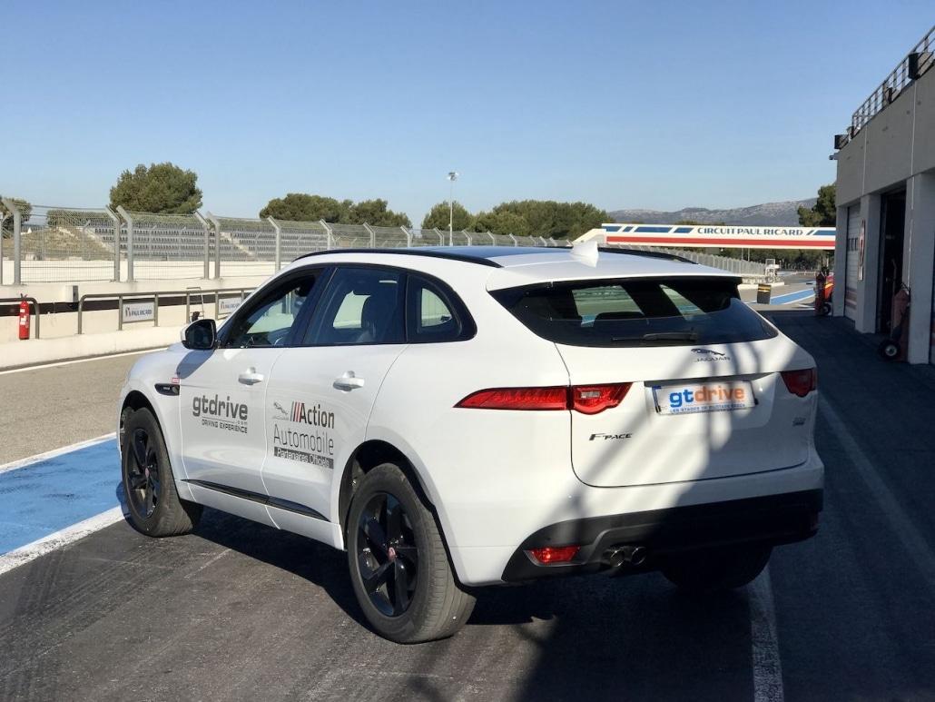 Réalisation De Prises De Vues Drone Paul Ricard | tournage drone GT Drive location de voiture de prestige sur le circuit du Castellet
