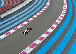 Vidéo Aérienne D'une Formule 1 Dans Le Virage De Signe Circuit Du Castellet
