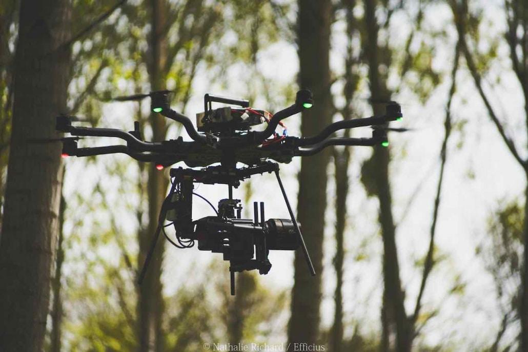 Drone Cinéma | Photo D'un De Nos Drones Pour Le Cinéma Freefly Alta 8 Qui Embarque Une Caméra Red Et Une Optique Anamorphique