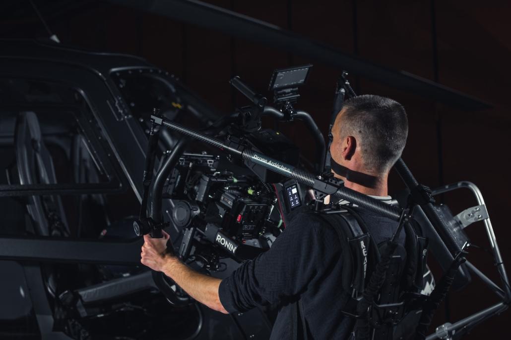 Réalisateur Et Chef Opérateur Red Sur Le Castellet Circuit Paul Ricard