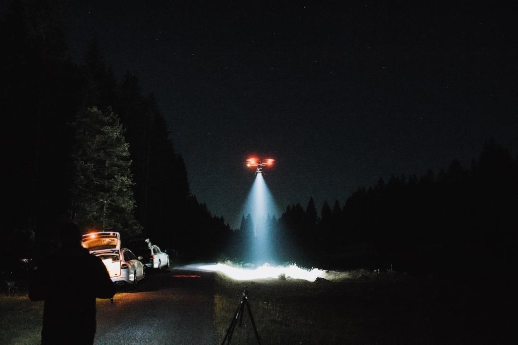 drone light beam france suisse